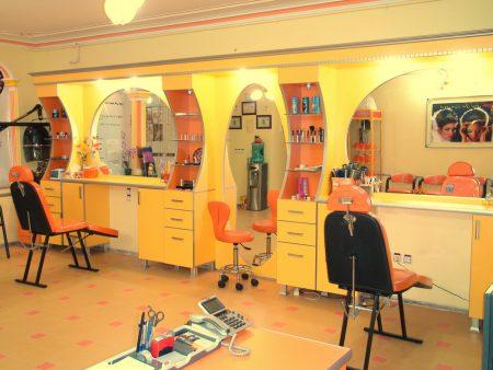 لیست آرایشگاههای زنانه